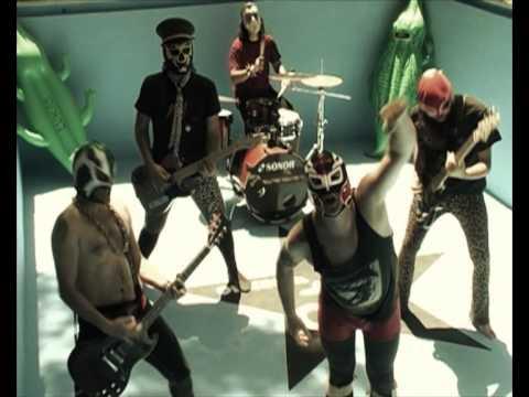 "ORKESTA PARAISO - Videoclip ""SALVE"""